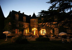 villa French Chateau to rent for corporate trip in Dordogne