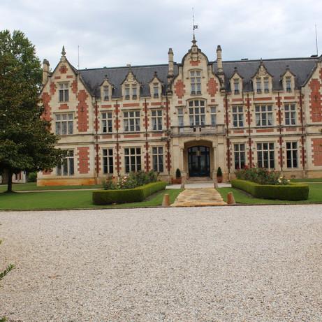 Elegant property to rent in Dordogne