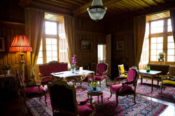 corporate party in French castle to rent near bordeaux