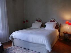 elegant castle to rent with romantic wedding venue around Bordeaux