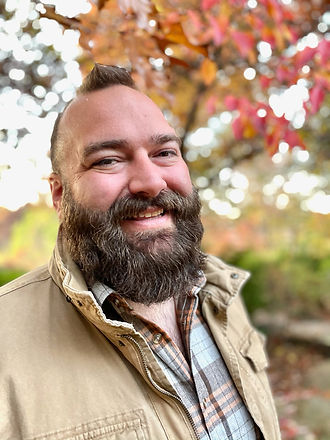 Picture of smiling bearded man