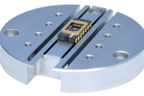 Slotted Top Plate for DIL for Work Stage - 7.6 mm and 15 mm spacing
