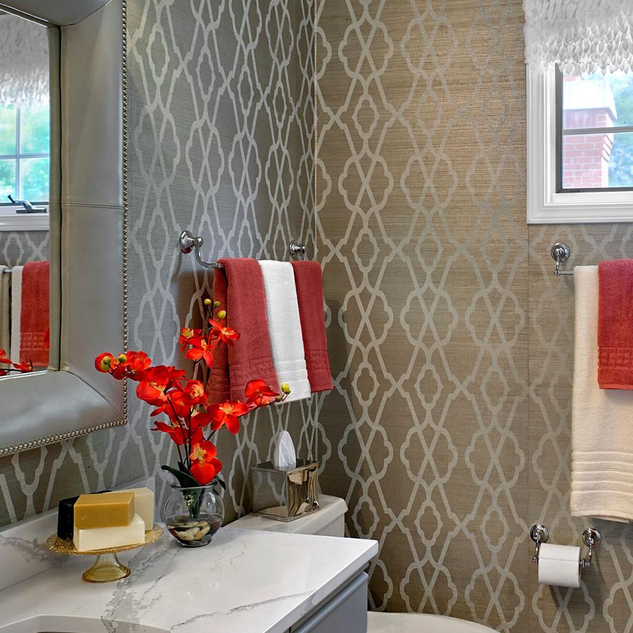 Glamorous North Shore Bedroom & Bath