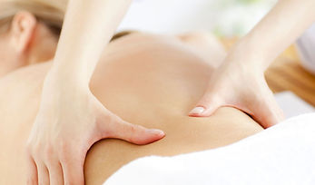 Massage du dos à l'huile