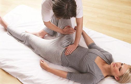 Relaxation-au-sol Sylvie Frval Muret massage