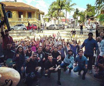 Sete Corpos e Maçã de Cesto fazem show em Santo André