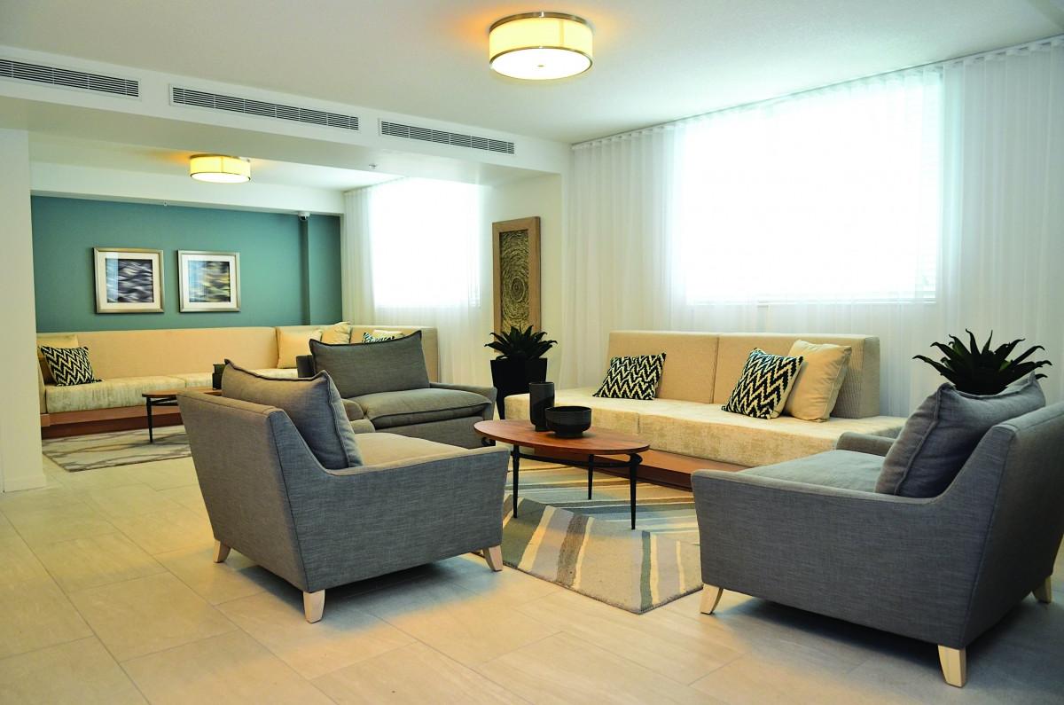 Town_Center_Apartments_b.jpg