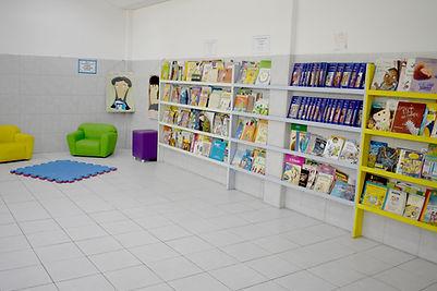 BIBLIOTECA OU CANTINHO DA LEITURA.jpg