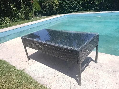 Mesa de exterior en rattan sintético color gris con vidrio