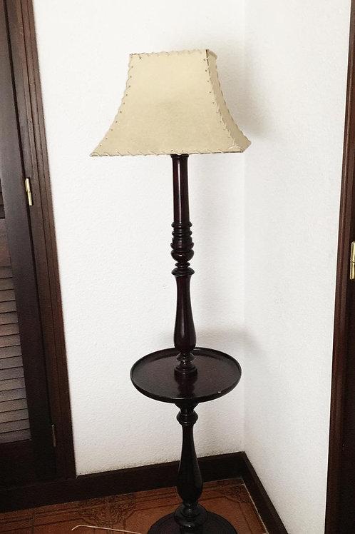 Lámpara de pie madera