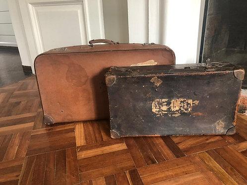 Juego de dos valijas antiguas de cuero