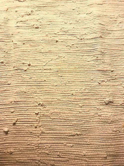 Alfombra blanca tejido grueso