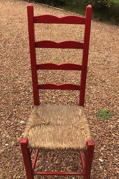 Sillas madera roja y asiento totora
