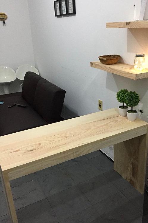 Mesada + 2 estantes en madera