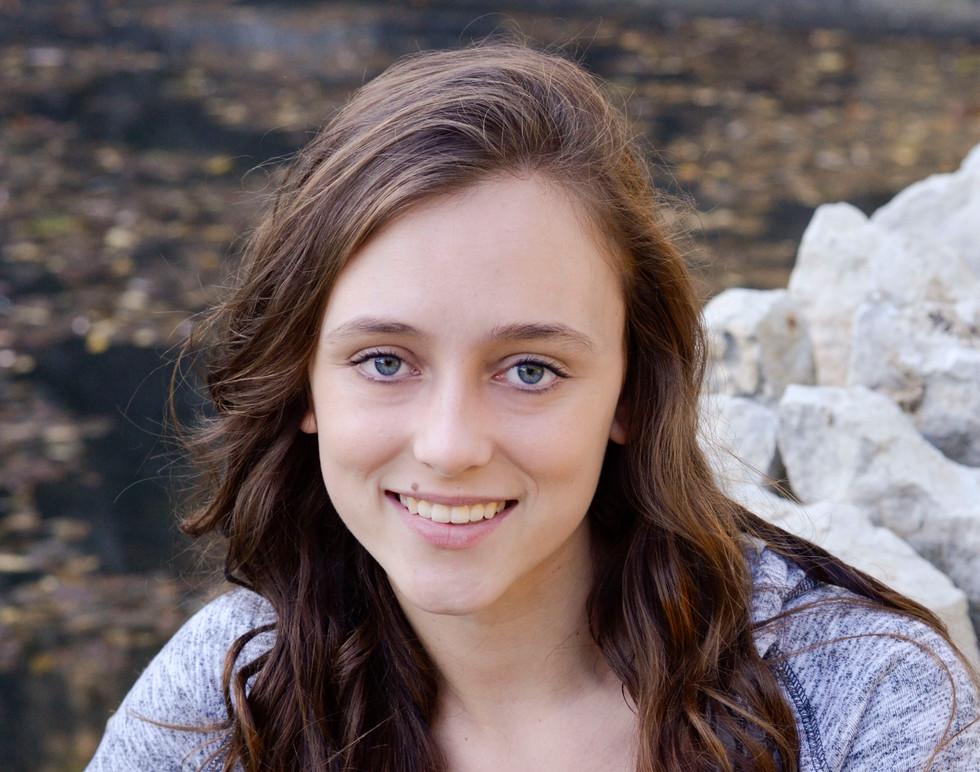 Senior Pictures Girl3.JPG