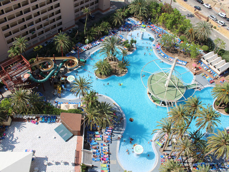 "The Magic Costa Blanca hotel chain offers the ""heroes"" of the Covid-19 vacations with ""ultra all-inc"