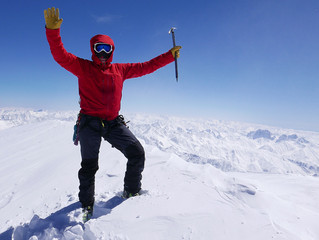 A*LIVE expert Christoph Höbenreich: Greetings from Mt Kazbek (5047m)