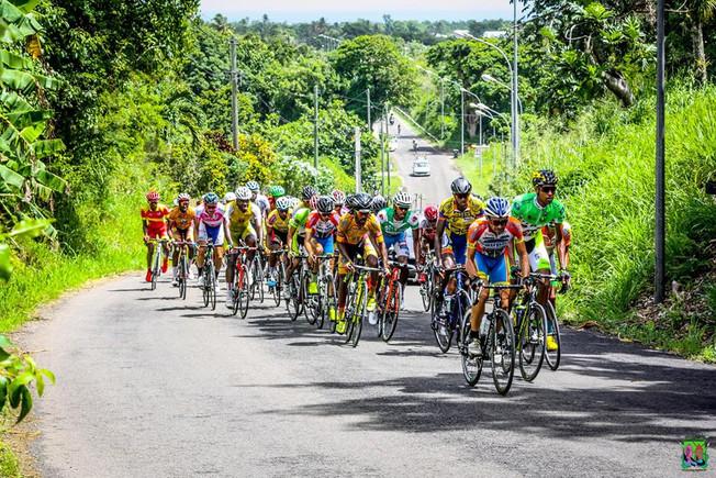 Le TOUR CYCLISTE