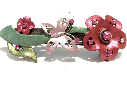 Travessa de flores rosas