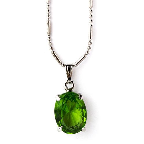 Colar prateado com cristal verde