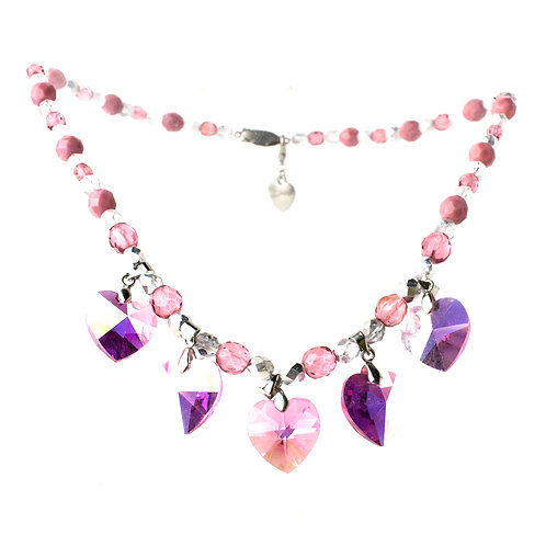 Colar de cristais rosas com corações