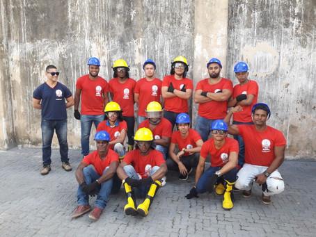 Treinamento de mangueiras - Turma BC 09M - Instrutor Garcês