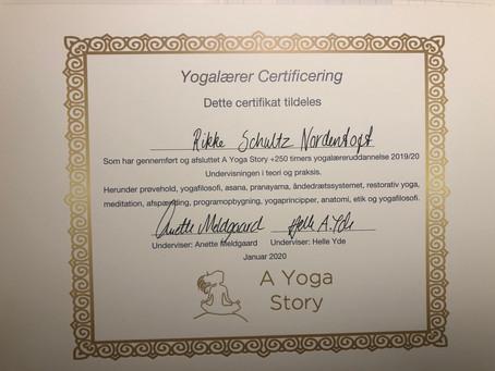 Kærligheden til Patanjali og yogafilosofi
