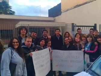 A via Panfilo Castaldi in XII Municipio per dire tutti insieme Basta Raggi!