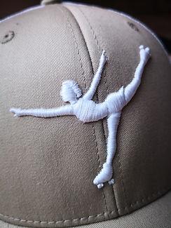 Boné bordado 3D patinadora