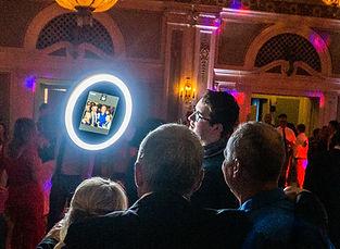 Roving-LED-Roaming-Selfie-Photo-Booth-Du