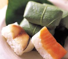 柿の葉寿司,鮭,鯖,サケ,サバ,柿