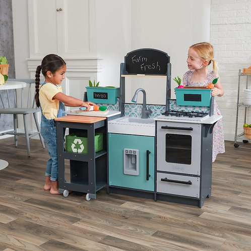 Garden gourmet play kitchen