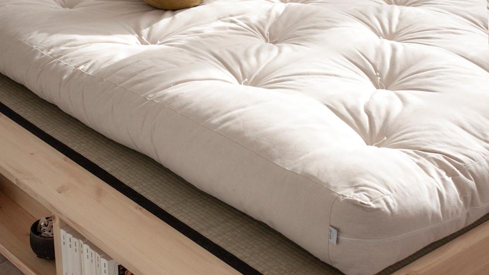 Κρεβάτι πλατφόρμα μασίφ ξύλο
