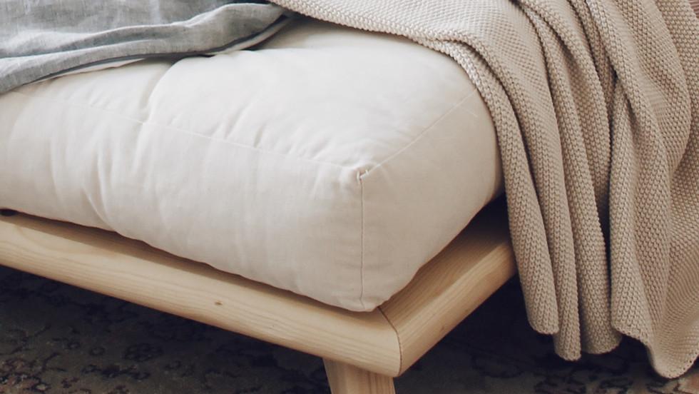 διπλό κρεβάτι ιαπωνικού στυλ για στρώμα 140Χ200 από μασίφ ξύλο