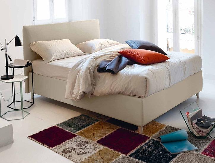 Ιταλικό ντυμένο κρεβάτι σε πολλές διαστάσεις, μοντέρνος σχεδιασμός