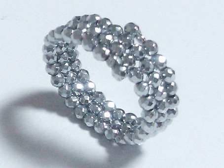 【キラキラ綺麗な指輪】     毎日着けてもオシャレ!