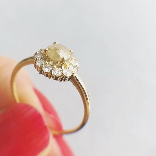 スモーキーベージュ ナチュラルダイヤモンドリング