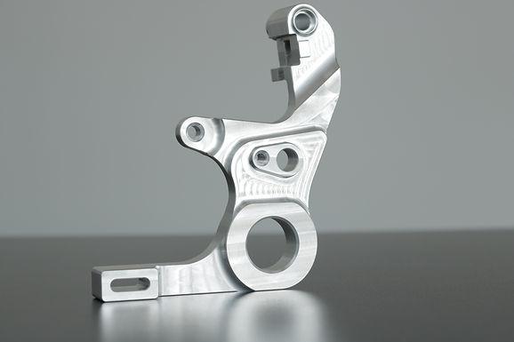 Bremssattelaufnahme für Yamaha R1 und R1/M (RN32 und RN49) (BJ:15-19)