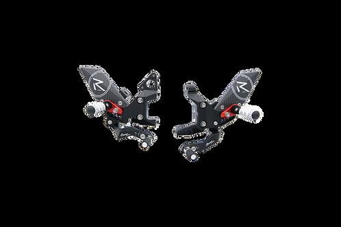 """Fußrastenanlage """"R"""" von LighTech für Ducati Panigale 899 (13-16)"""