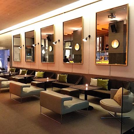 Light Bar Lounge