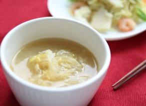 やさしい味わい【新玉ねぎと卵のスープ】作り方