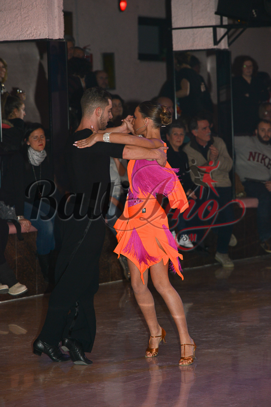 Latino_Americano_Duo_C_B-17