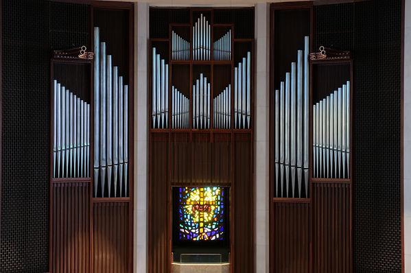 organ pipes - exposed ranks.jpg