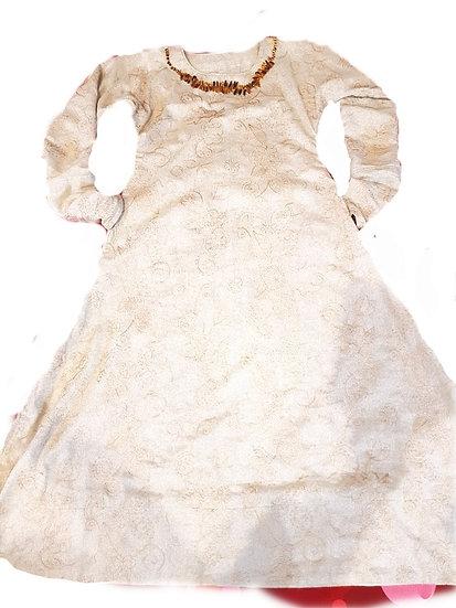 Ilga lino suknia
