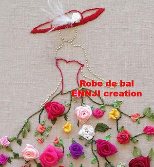 robe de bal- kit-broderie aux rubans