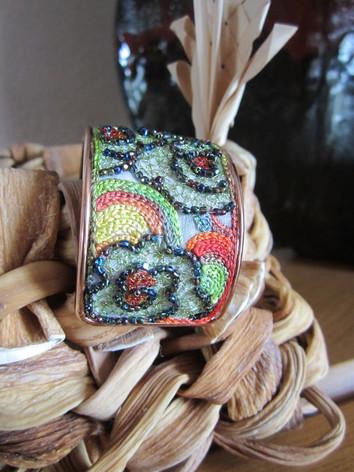 Bracelet Joline, lotus vert perlé