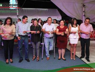 Inauguran pista de hielo en Xochitepec