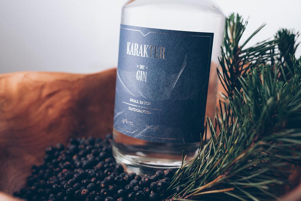 Karakter gin first bottle edition