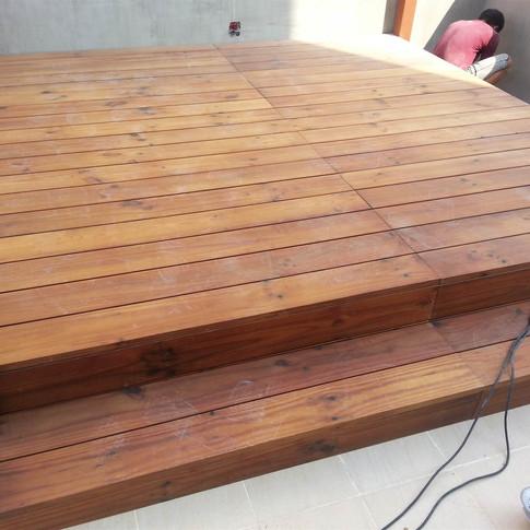 西環戶外木工程10