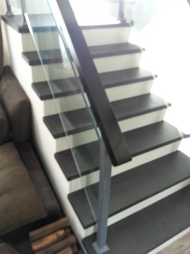 室內地板及樓梯工程